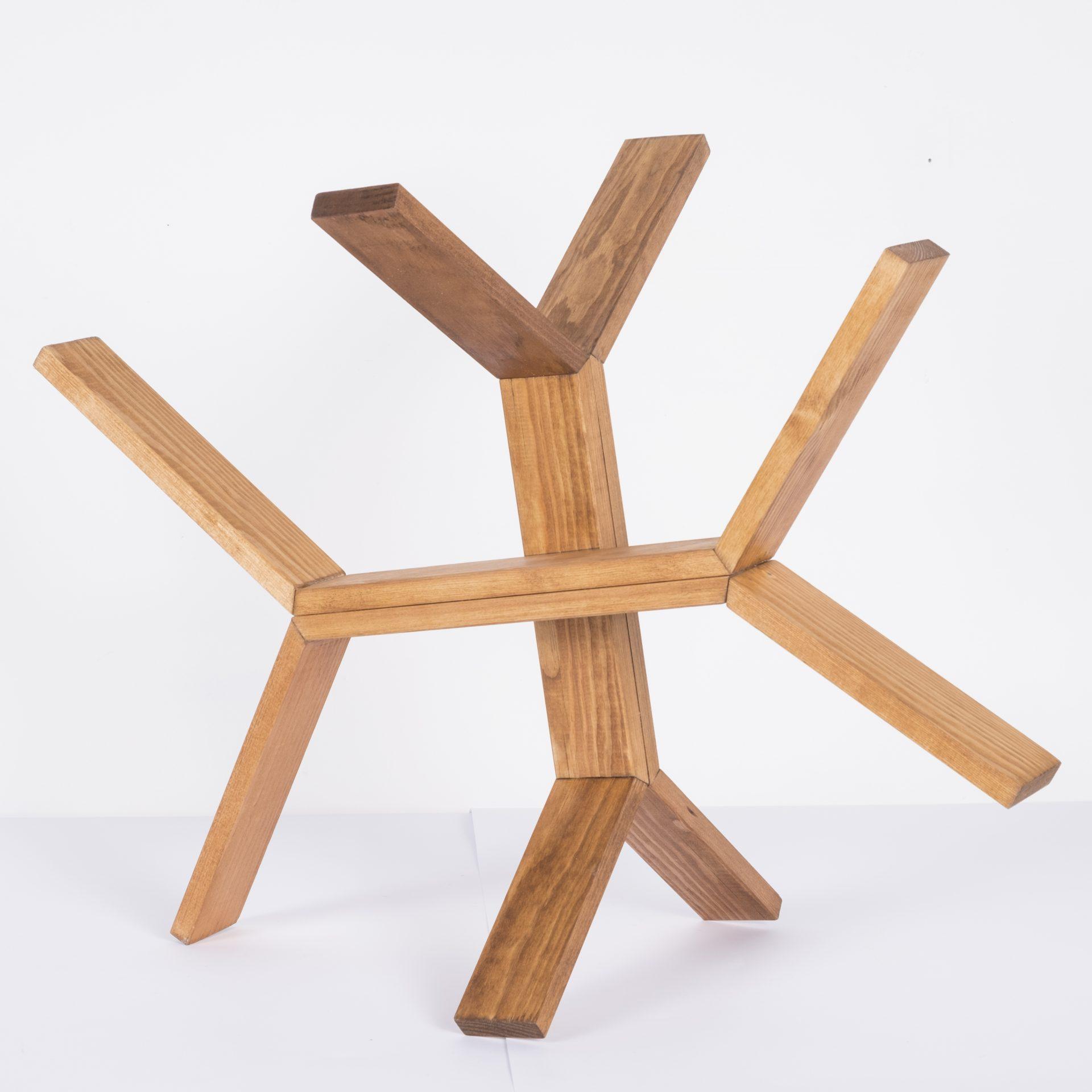 Unlimited in Dynamo<br>RMR18<br>misure: circa 50 x 50 cm<br>tecnica: legno <br>anno: 2018<br><br>DISPONIBILE