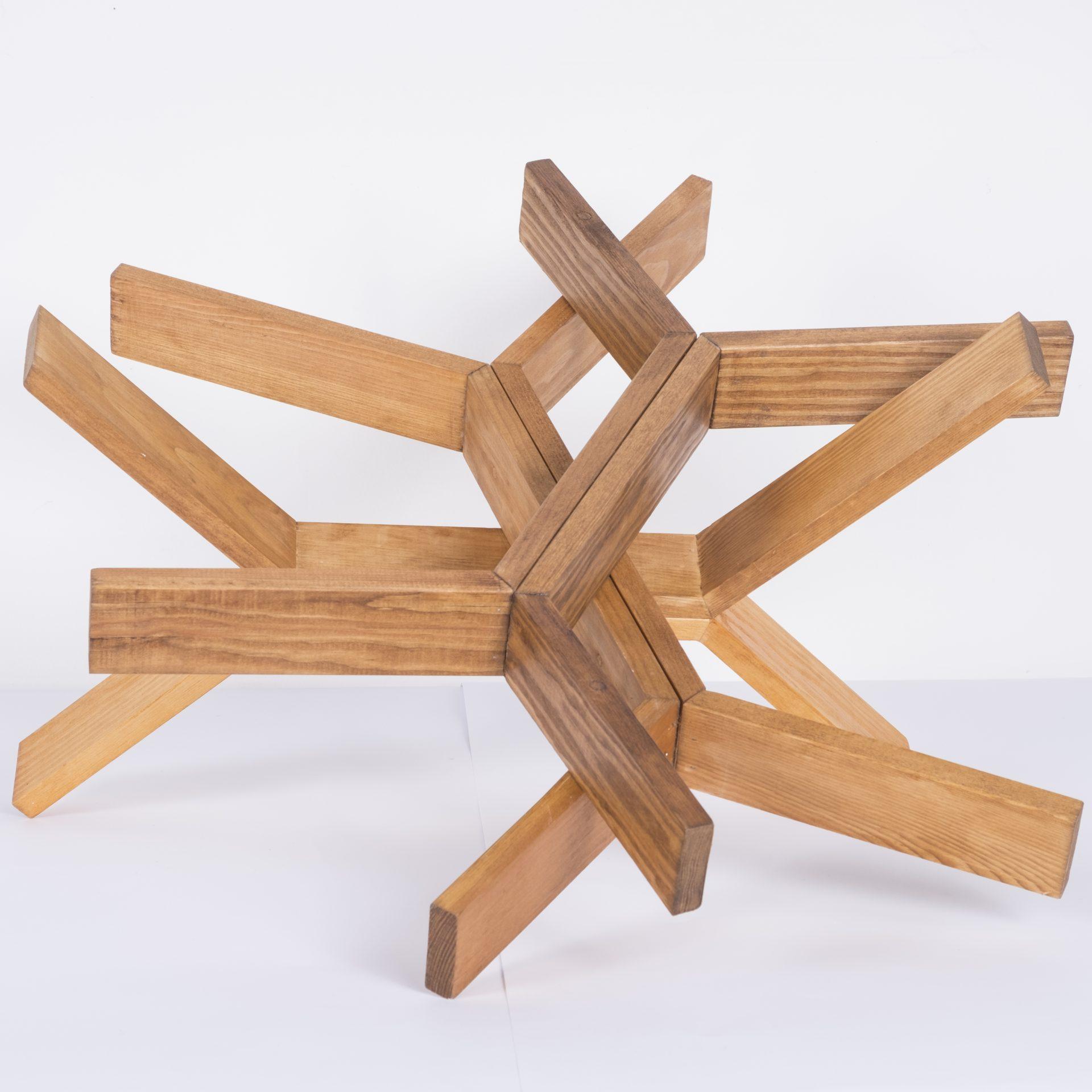 Unlimited in Dynamo<br>RMR19<br>misure: circa 50 x 50 cm<br>tecnica: legno <br>anno: 2018<br><br>DISPONIBILE