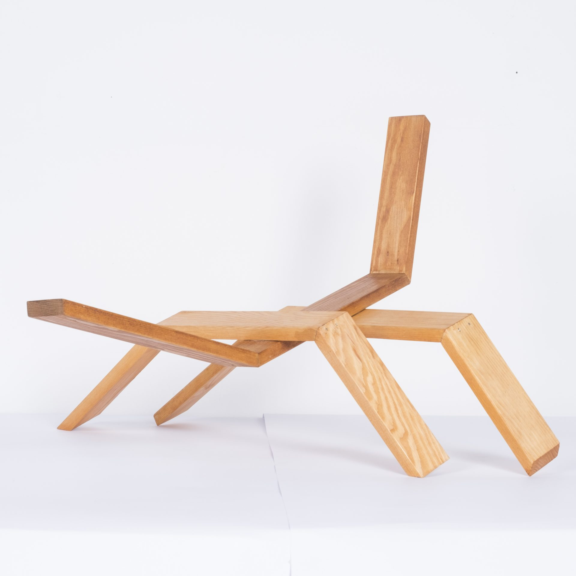 Unlimited in Dynamo<br>RMR20<br>misure: circa 50 x 50 cm<br>tecnica: legno <br>anno: 2018<br><br>DISPONIBILE