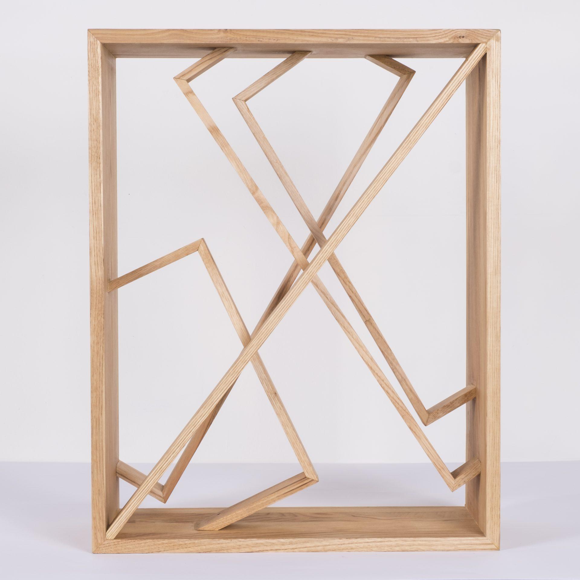 Unlimited in Dynamo<br>RMR23<br>misure: circa 44 x 56 cm<br>tecnica: legno castagno <br>anno: 2018<br>