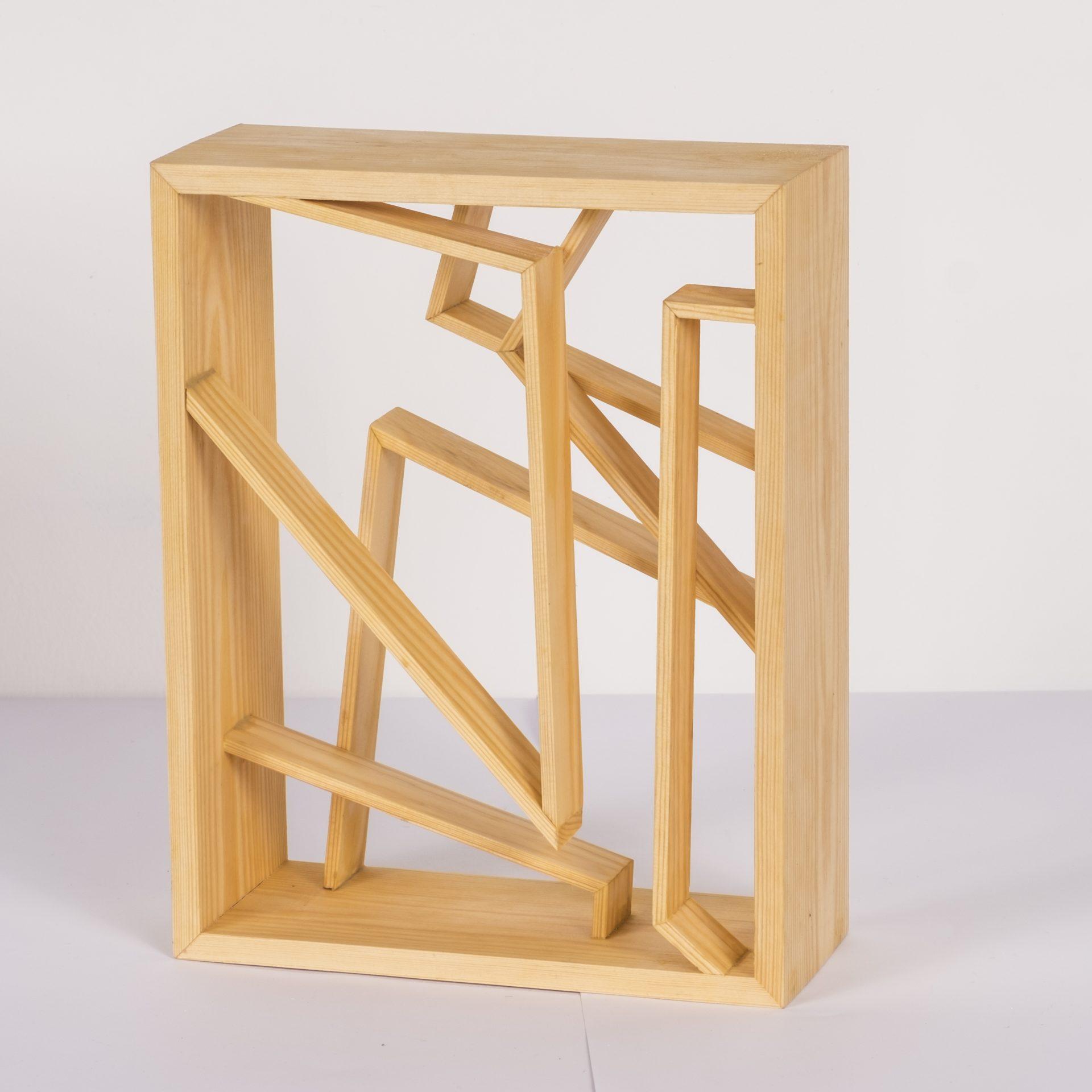 Unlimited in Dynamo<br>RMR34<br>misure: circa 28 x 22 cm<br>tecnica: legno pino <br>anno: 2018<br><br>DISPONIBILE