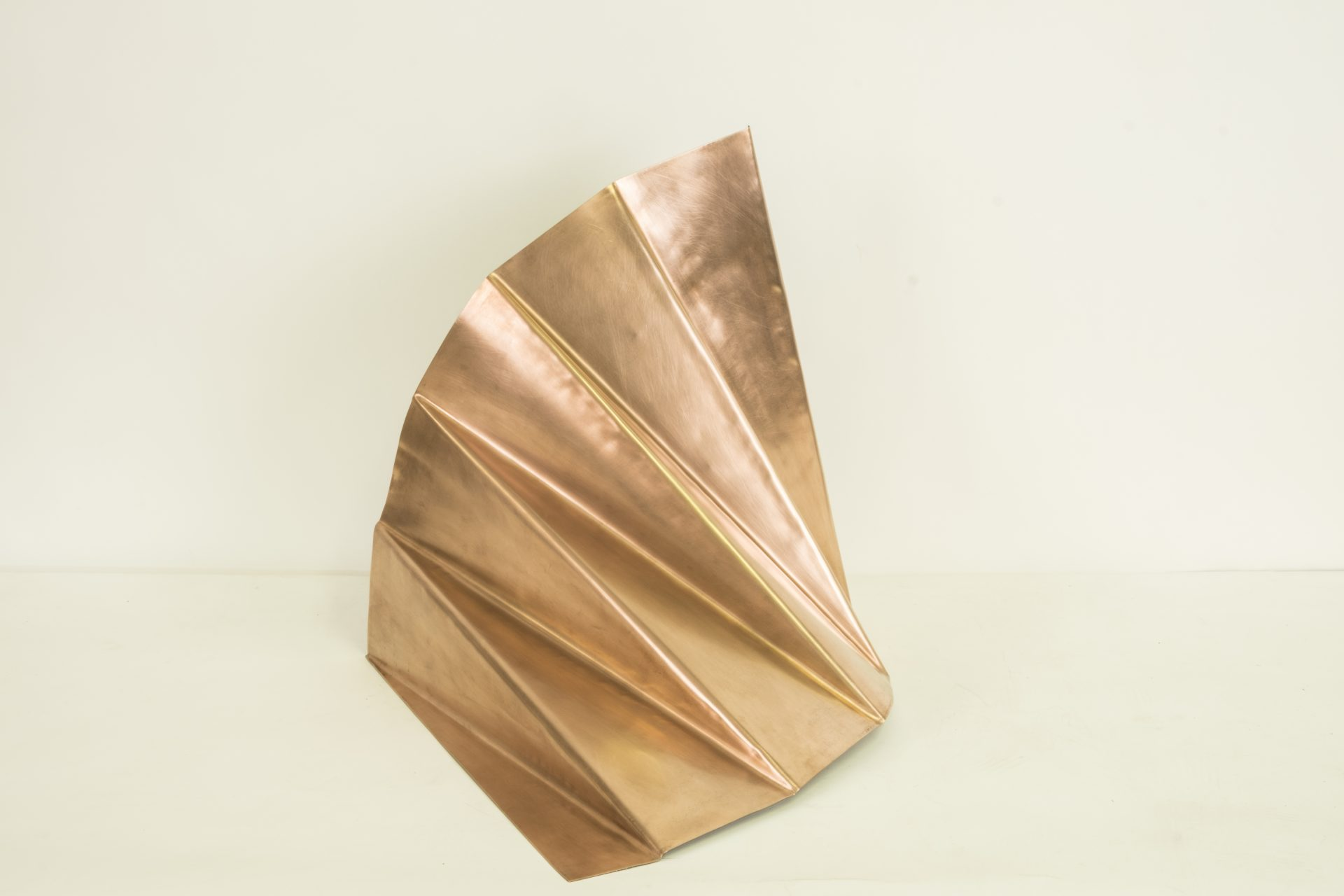 Genitori Forti<br>SPR06<br>misure: 50 x 53 x 52 cm<br>tecnica: scultura di rame<br>anno: 2018