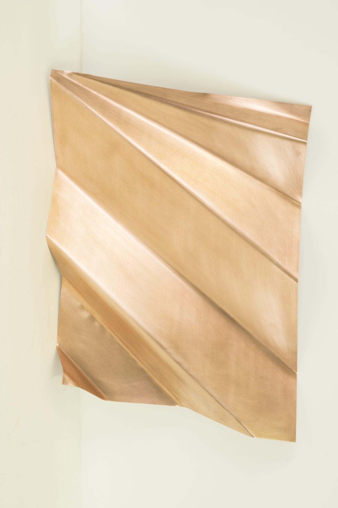 Genitori Forti<br>SPR011<br>misure: 63 x 49 x 12 cm<br>tecnica: scultura di rame<br>anno: 2018