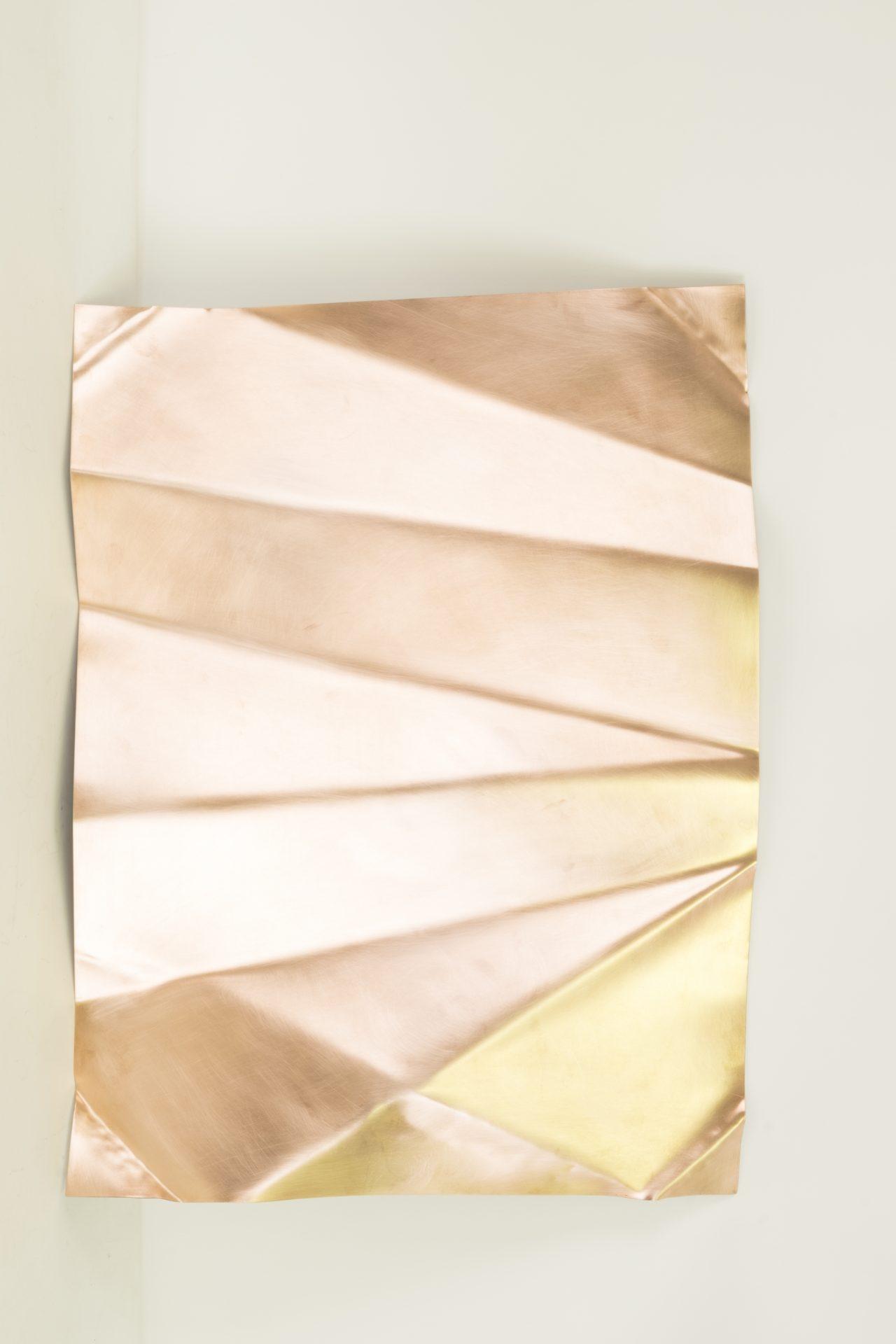 Genitori Forti<br>SPR012<br>misure: 68 x 51 x 7 cm<br>tecnica: scultura di rame<br>anno: 2018