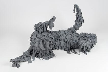 Branco<br>VVT03<br>misure: dimensioni reali 140 x 60 cm<br>tecnica: pelle, tessuto, juta, carta<br>anno: 2013<br><br>DISPONIBILE